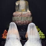 public://uploads/photos/same-sex-buddhist-wedding-6-456x680.jpg