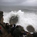 public://uploads/photos/surf-nazare-waves-_2716676k.jpg