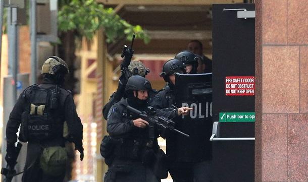В Брюссельском супермаркете захватили заложников