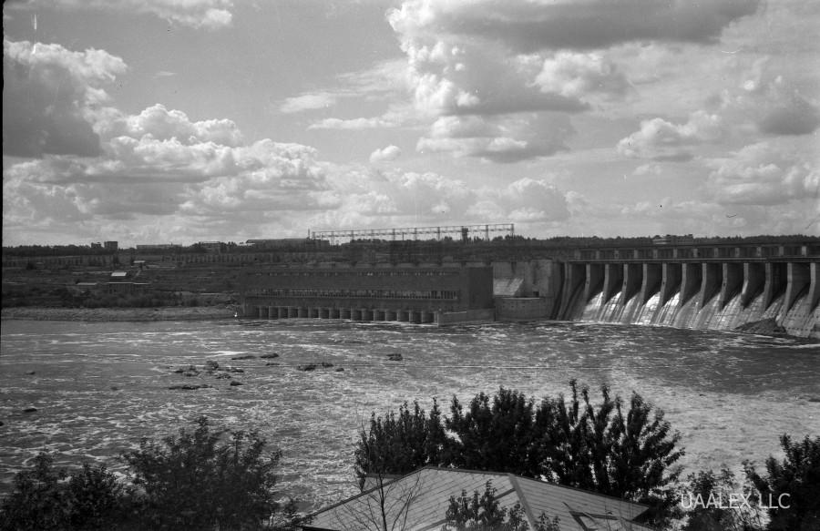 Риск мостопада на Украине: плотину Днепрогэса закрыли для фур